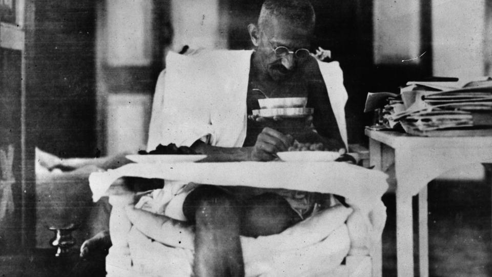 Gandhi and the idea of an anti-chauvinist history