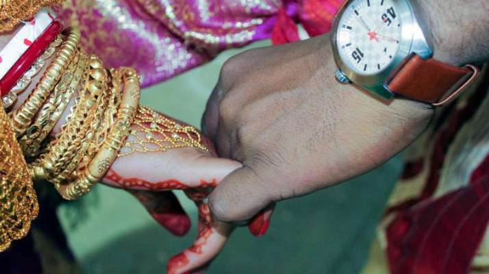 Mumbaikars willing to marry outside city: Survey